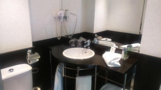 Photo of Hotel Petit Palace Las Torres Salamanca