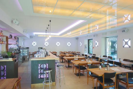 Parkside Canteen & Bar