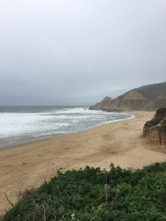 Montara, Kalifornien: Beautiful beach from the cliff