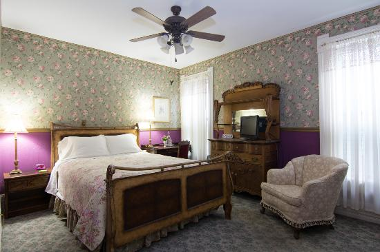 Harrison House Bed & Breakfast: Room #3