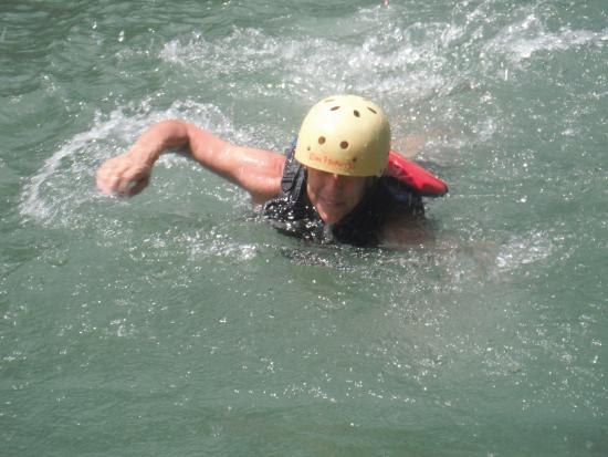 Pacuare River Tours: Swimming in the Pacuare River
