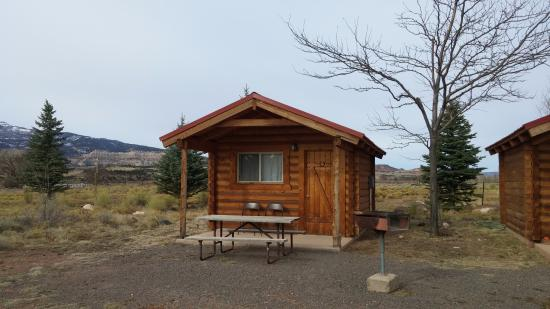 Cabin in sandcreek rv park parking is right in front for Torrey utah lodging cabins