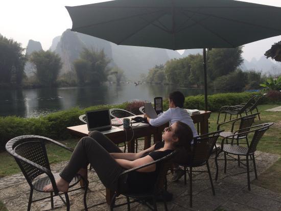 Yangshuo Mountain Retreat: Relaxing by the River