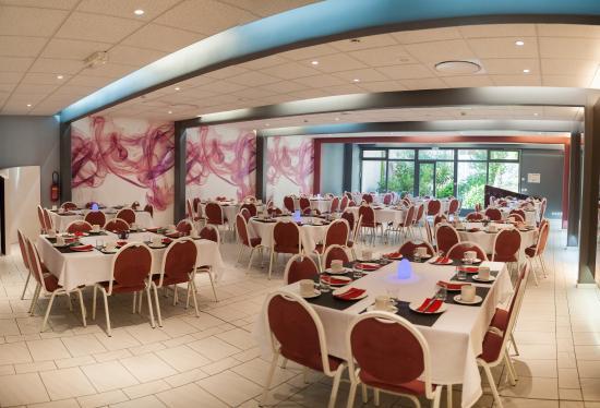 Photo of Hotel-Restaurant Le Fruitier Villedieu-les-Poeles