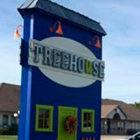 Onalaska, WI: Treehouse Gift and Home