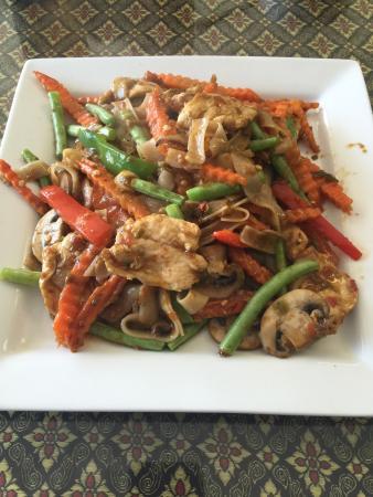 AroyDee Thai Cuisine