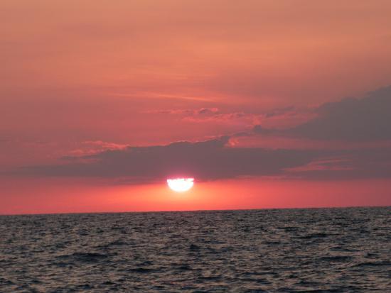 La Sirena Hotel : sunset cruise
