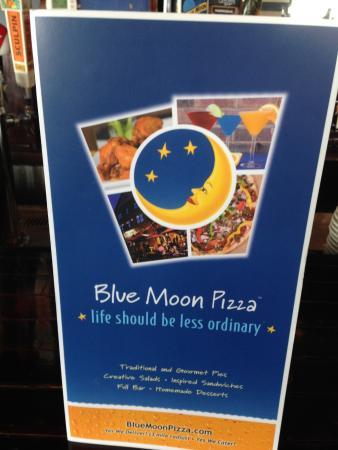 Blue Moon Pizza Windy Hill: Sidewalk Sign