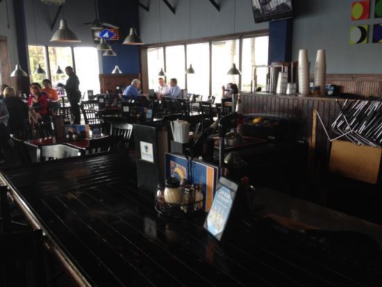 inside seating picture of blue moon pizza windy hill marietta rh tripadvisor com