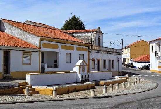 Chafariz do Rossio das Hortas (Viana do Alentejo)