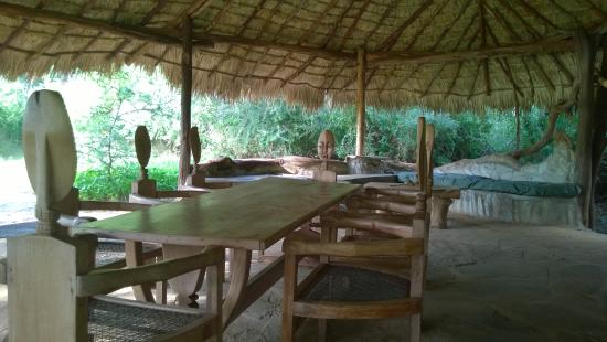 Lion King Bush Camp: The dining room, very cool place