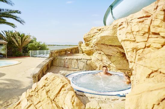 Camping la Presqu'ile : bain bouillonnant