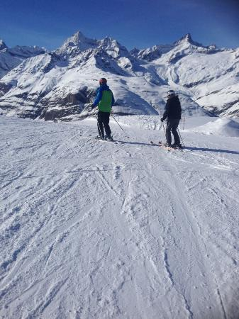 European Snowsport Zermatt Ski School: Zermatt blue taken by Mel.