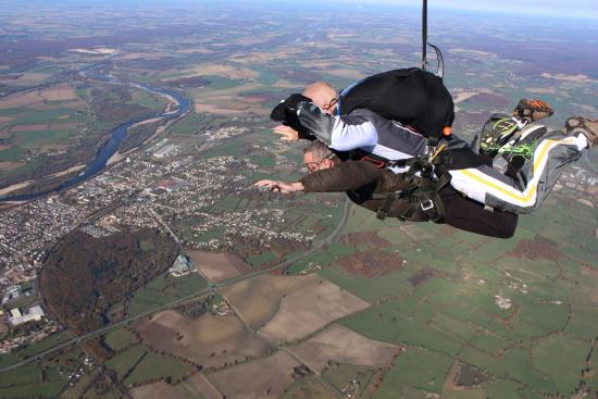 Paris-Nevers Skydive Center