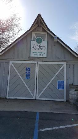 Latcham Vineyards