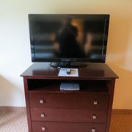 Brillion, WI: Television and Dresser