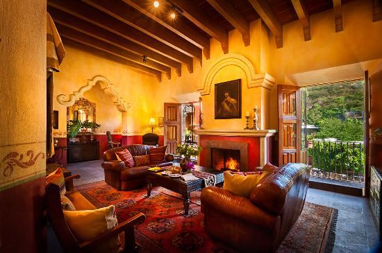 Hacienda De Los Santos: San Javier Suite Livingroom