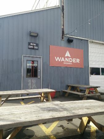 ‪Wander Brewing‬
