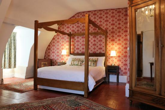 La Celle-Guenand, Франция: Large attic bedroom - Ambassadeur