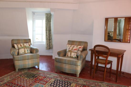 La Celle-Guenand, Франция: Ambassadeur seating area
