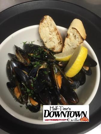 Mukwonago, WI: Mussels