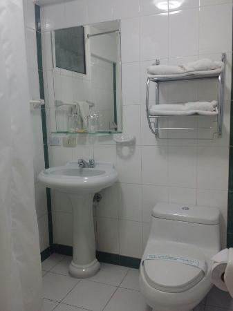 Ensueño Hotel: 20160314_181333_large.jpg