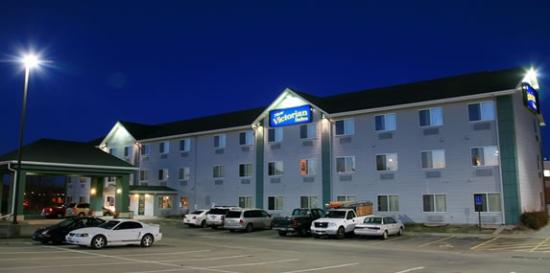 New Victorian Inn & Suites York Photo