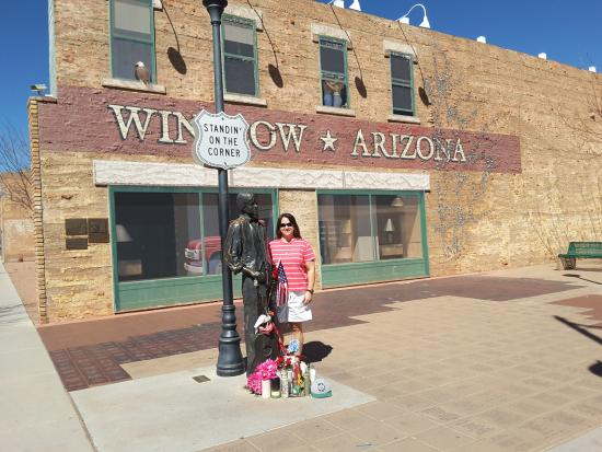 standing on a corner in winslow az picture of standin 39 on the corner park winslow tripadvisor. Black Bedroom Furniture Sets. Home Design Ideas