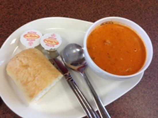 Pincher Creek, Canadá: Roasted Red Pepper Gouda soup