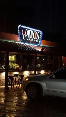 Pikilos Tapas Bar