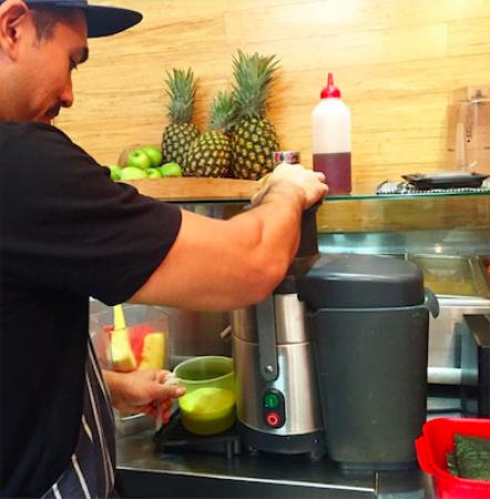 Street Sushi: Fresh Juices and Smoothies