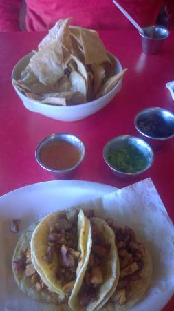 Tacos Ajijiji