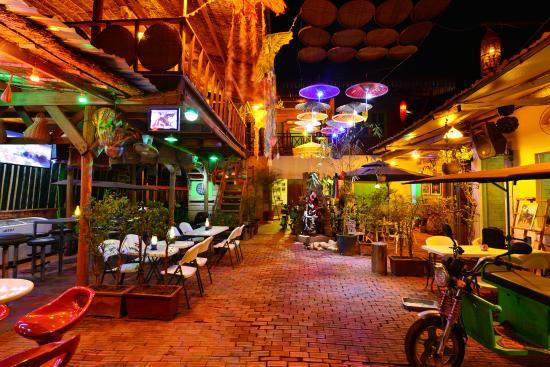 Angkor e-Tuk Hostel