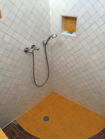 Dar Ness : photo2.jpg