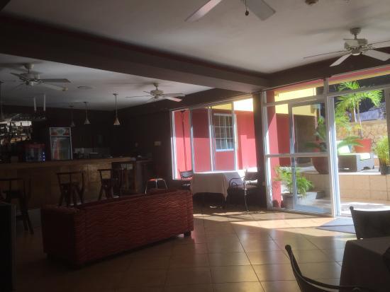 Altamont West Hotel: photo1.jpg