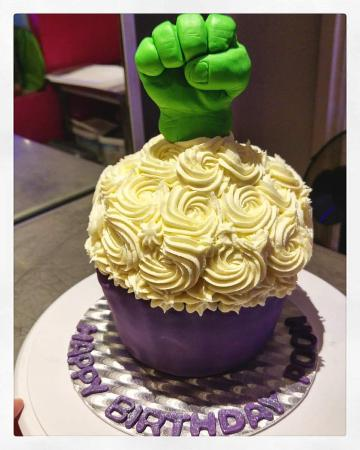 Superb Hulk Hand Giant Cupcake Such A Cool Birthday Cake Surprise For Funny Birthday Cards Online Fluifree Goldxyz
