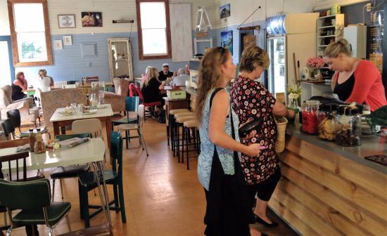 Waipawa, Nova Zelândia: Inside cafe
