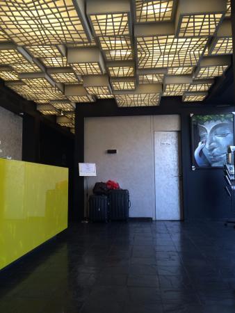Dragonfly Hotel : Lobby