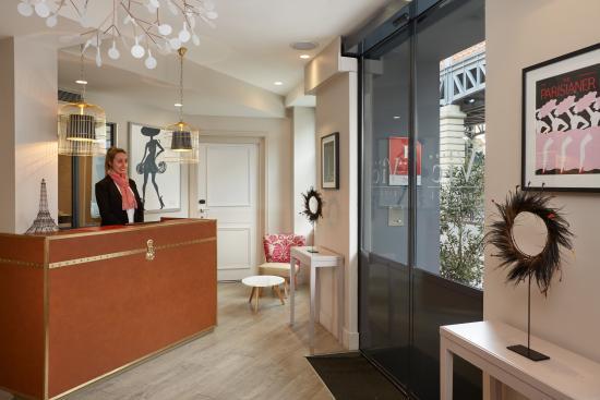 Hotel Vic Eiffel : Réception