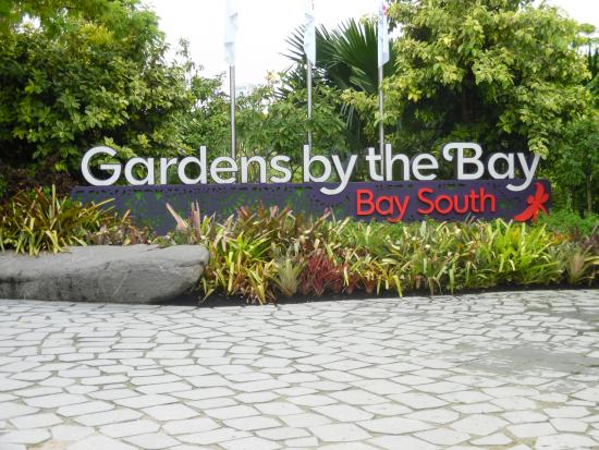 entrance sign south side of gardens by the bay - Garden By The Bay Entrance