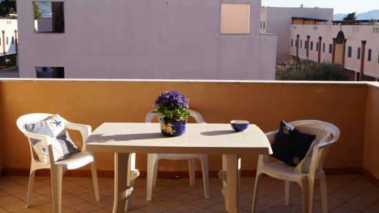 Terrazzo attrezzato appartamento bilocale - Foto di Residence ...