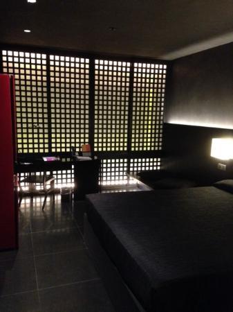 a dark room on the 10th floor picture of hotel puerta america rh tripadvisor ie