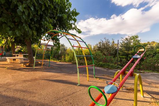 Hotel Sausa: Parque infantil