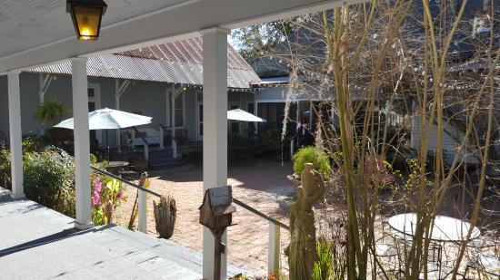 St Francisville Inn L Ee Cour Interne Entre La Partie Chambre Motel Et