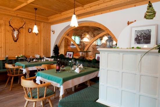 Hotel Bellaval: Jägerstübli