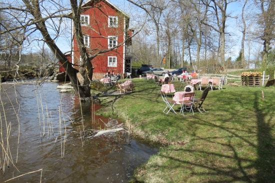 Flen, Szwecja: Längs med vattnet
