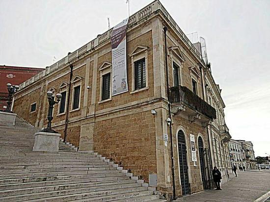 Palazzina del Belvedere - Collezione Archeologica Faldetta