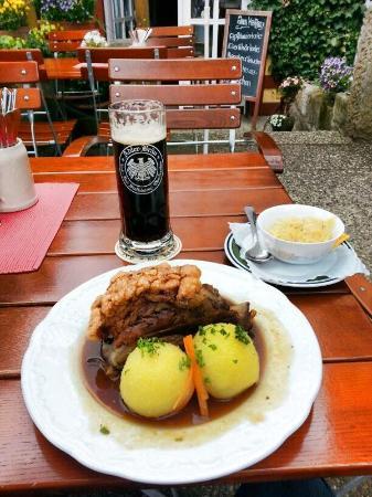 """Bad Staffelstein, Niemcy: The best """"Schäuferla"""" ever!"""