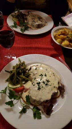Huttenheim, Prancis: entrecote sauce roquefort