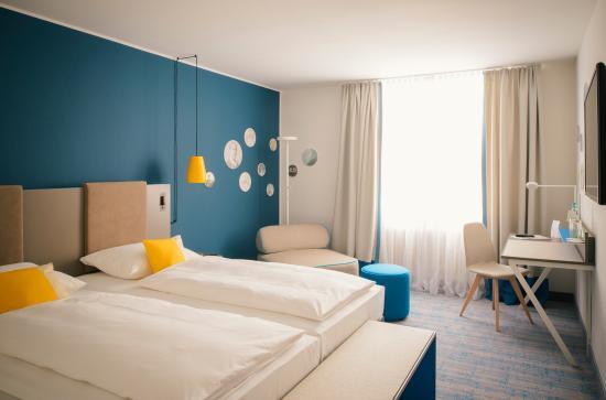 Vienna House Easy Landsberg: Guest Room